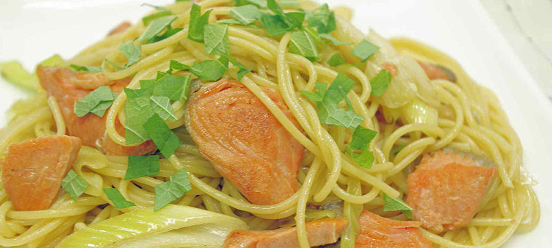 うす塩紅鮭、和風スパゲティ